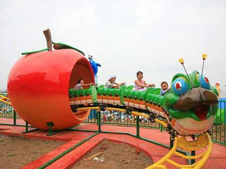 Apple Model Slide Worm Mini Roller Coaster For Home
