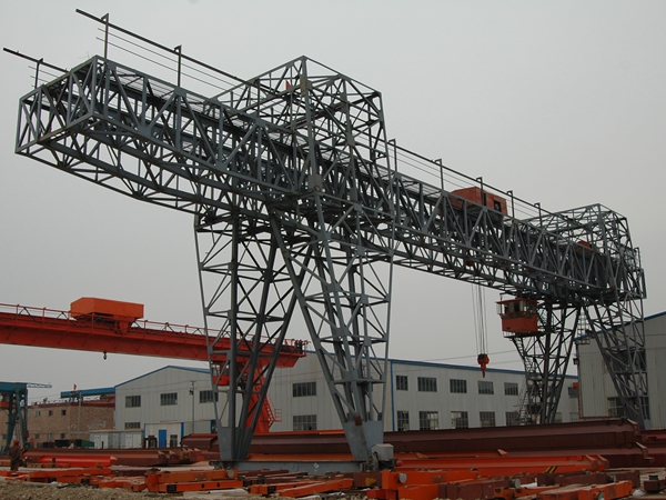 Truss-Type-MG-Double-Girder-Gnatry-Crane-With-Cantilever-1